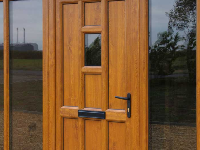 uPVC entrance door in woodgrain uPVC